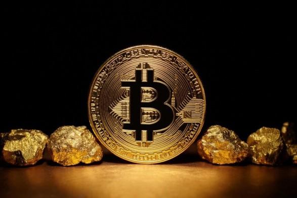 gold-bitcoin-width698height391-1622886294.jpg